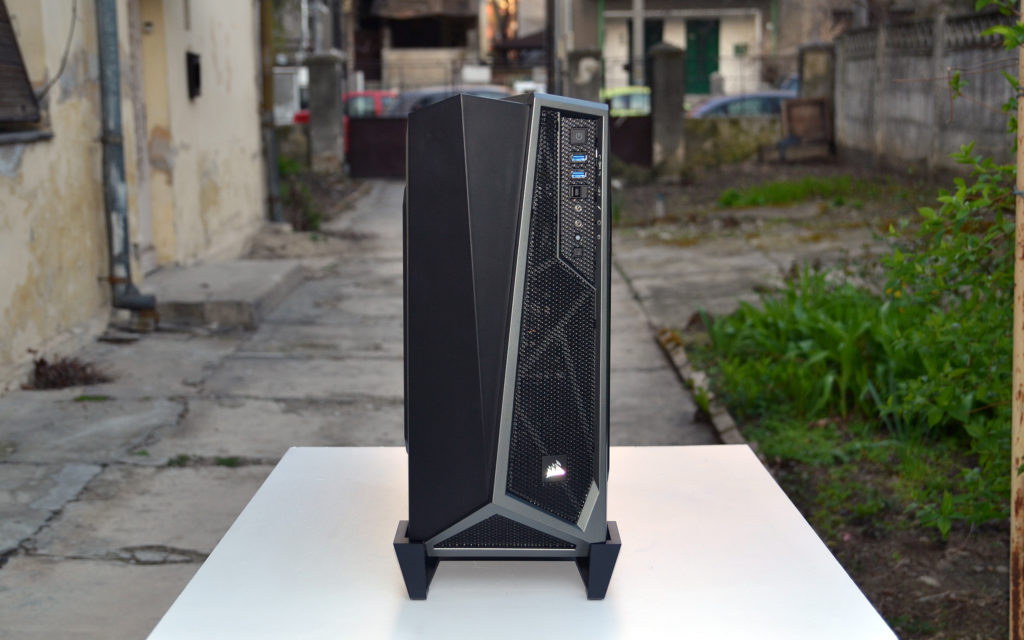 Corsair Carbide Spec Alpha front 1
